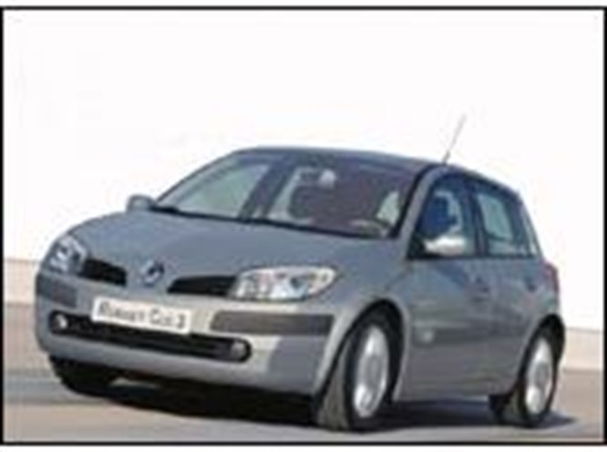 2006 Yılının Otomobili: Clio III